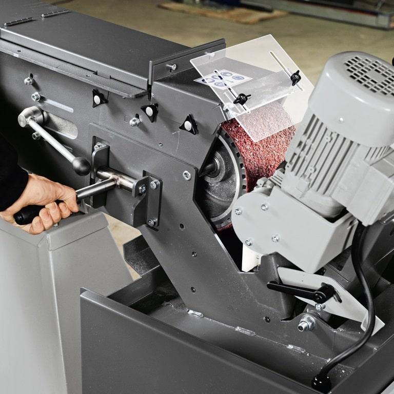 Fein GI Centreless in use 2 Fein GI150-GIC Abrasive Centreless Machines | EC Hopkins Limited