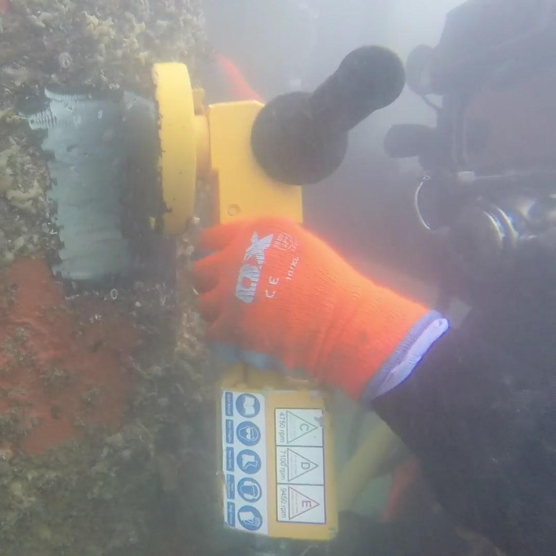GR05 Underrwater Main